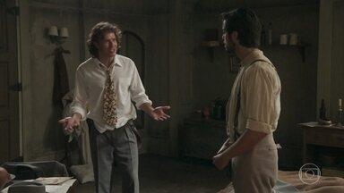 Edmundo se surpreende ao saber que Ernesto está apaixonado por Ema - O filho de Tibúrcio diz que sabe o que é perder um grande amor