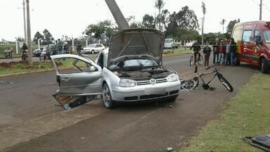 Motorista que atropelou e matou ciclista não tem carteira de habilitação, afirma polícia - O acidente foi na manhã deste sábado (09) em Arapongas. O motorista foi preso.