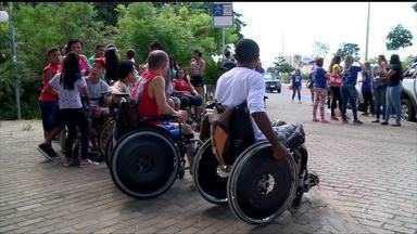 Caminhada marca Dia Estadual da Pessoa com Deficiência - Caminhada marca Dia Estadual da Pessoa com Deficiência