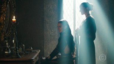 Catarina faz planos para ser coroada - A princesa de Artena deseja casar-se com Afonso
