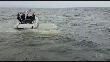 Sobe para sete o número de mortos em naufrágio na Baía de Sepetiba, no RJ - Cinco pessoas continuam desaparecidas. Um dos barcos só foi encontrado neste sábado (9).