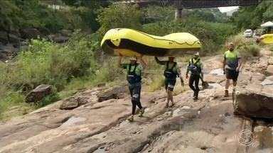 Competição de Rafting reúne atletas de todo país em Sapucaia, RJ - Campeonato acontece nas corredeiras do Rio Paraíba do Sul.