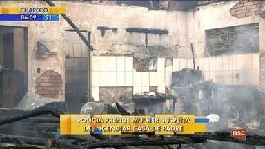 Mulher é presa suspeita de botar fogo na casa de padre em Camboriú - Mulher é presa suspeita de botar fogo na casa de padre em Camboriú