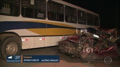 Quatro pessoas da mesma família morrem em acidente em São Bernardo do Campo (SP) - Duas pessoas ficaram feridas e estão internadas.
