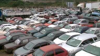Mais de 700 veículos vão ser leiloados nesta quarta-feira (13), em Erechim - Saiba mais.
