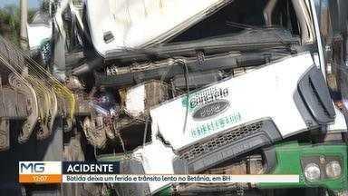 Acidente entre carretas deixa uma pessoa ferida na Região Oeste de Belo Horizonte - Um caminhão de uma empresa de concreto bateu na traseira da carreta que estava estacionada. O acidente aconteceu no bairro Betânia.