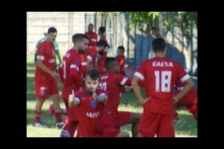Copa? Foco do Paysandu é total na Série B - Diego Ivo e Mike afirma que jogadores do Papão só irão pensar na estreia da seleção depois de passado o confronto contra o CSA, no sábado.