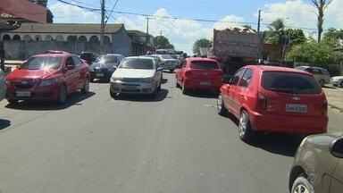 Criança morre atropelada por caminhão na Zona Norte de Manaus - Atropelamento ocorreu no fim da manhã desta terça-feira (12) na Cidade Nova.