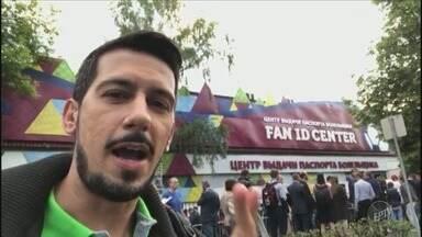 Repórter da EPTV traz cobertura exclusiva da Copa do Mundo diretamente da Rússia - Luís Corvini conta sobre a burocracia e filas para a retirada de documento obrigatório para a entrada nos jogos.