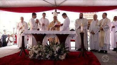 Paróquias celebram dia de Santo Antônio em Volta Redonda, RJ - Feriado foi decretado para celebrações em homenagem ao padroeiro da cidade.