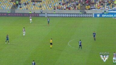 Santos e Fluminense se enfrentam pelo Brasileirão - Rodada é a última antes da pausa da competição para a Copa do Mundo.
