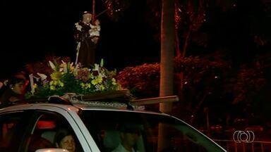 Fiéis fazem carreata para celebrar Dia de Santo Antônio em Gurupi - Fiéis fazem carreata para celebrar Dia de Santo Antônio em Gurupi