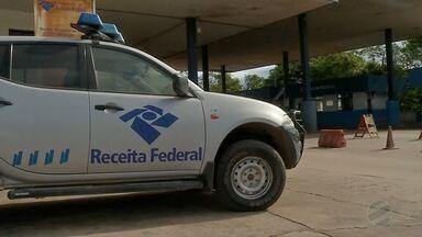Casal é preso em Corumbá por tráfico internacional de drogas - No carro que o homem e a mulher estavam foi encontrada cocaína escondido em compartimento do som. Eles traficavam droga da Bolívia para o Brasil.