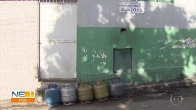 Abastecimento de gás de cozinha continua irregular no Grande Recife - Estoque de botijões ainda não é suficiente, mais de duas semanas após o fim da greve dos caminhoneiros
