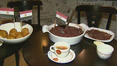Café da manhã egípcio tem homus e feijão - Refeição é feita para dar bastante energia para o dia todo.