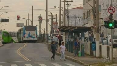 Campinas é a terceira cidade do estado com maior número de assédios em ônibus - Um homem foi detido nesta sexta-feira (15) após assediar uma adolescente.