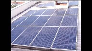 Procura por sistema de energia fotovoltaica cresce em Montes Claros - Muitas empresas estão aderindo ao sistema em busca de mais economia.