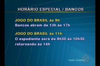 Agências bancárias funcionarão em horário especial durante jogos do Brasil na Copa - A alteração acontecem nos dias que os jogos da selação forem durante a semana