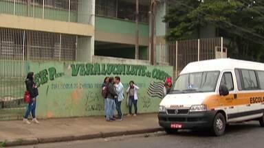 Alunos da rede estadual de Itaquaquecetuba têm aulas prejudicadas por falta de professores - Em alguns casos, alunos têm aula apenas dois dias na semana.