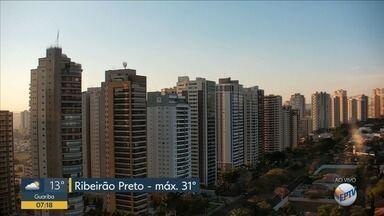 Previsão de Sol e clima seco nesta terça-feira (3) na região de Ribeirão Preto - Umidade relativa do ar chega a 30% e temperatura deve ser de 31ºC.