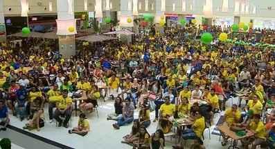 Torcida Rede Amazônica reúne apaixonados pelo futebol brasileiro, no AP - Na vitória do Brasil contra o México, torcida fez a festa e lotou a praça de alimentação de um shopping na Zona Sul de Macapá
