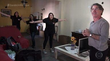 Começa a reforma no quarto de Dona Maria das Graças - Jairo de Sender e sua equipe dão um retoque no cômodo da costureira em Realengo, no Rio de Janeiro
