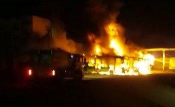 Incêndio atinge sete ônibus na garagem da empresa Taguatur em Teresina - Incêndio atinge sete ônibus na garagem da empresa Taguatur em Teresina