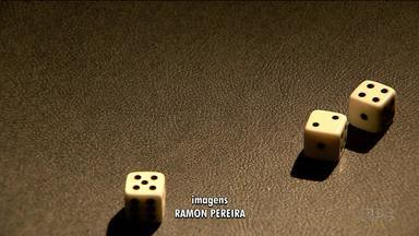 O drama das pessoas viciadas em jogo - Programa ajuda muita gente a se livrar desse vício.