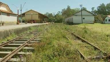 Assinado convênio para revitalização de linha férrea do 'Trem das Águas' - Assinado convênio para revitalização de linha férrea do 'Trem das Águas'