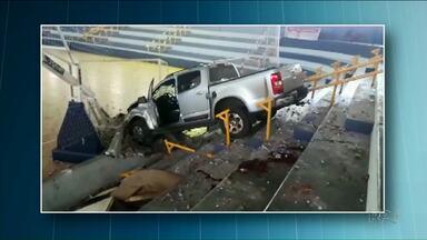 PC encara atropelamento dentro de ginásio de Assis Chateaubriand como homicídio - O secretário de Esportes do município morreu atropelado. O motorista da caminhonete que o atropelou foi preso.