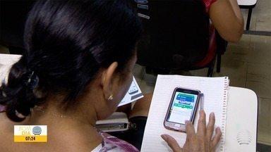 Minicurso ensina idosos a mexer em aplicativos de celular - Capacitação é disponibilizada em Presidente Prudente.