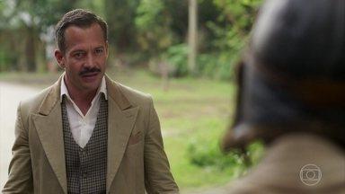 Coronel Brandão exige explicações de Mário - Ele fica constrangido quando Mário pergunta se está com ciúme