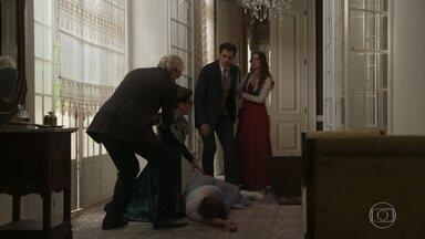 Darcy fica arrasado pelo ocorrido com Briana - Ele tenta ajudar, mas Lady Margareth não aceita que ele se aproxime da filha