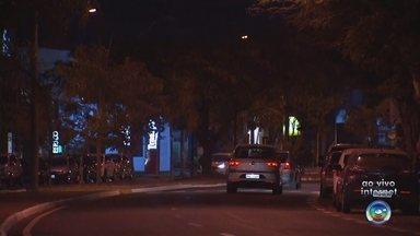 Polícia Militar faz blitz em Bauru após jogo do Brasil - A Polícia Militar realizou nesta sexta-feira (6) blitz para evitar direção e bebida de motoristas em Bauru.