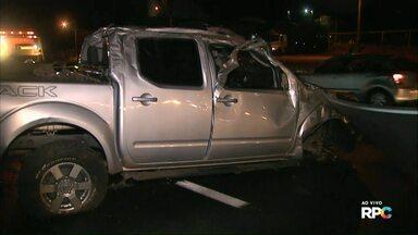 Caminhonete capota e motorista morre ao ser jogado pra fora do carro - O acidente foi no fim da tarde desta sexta (06), na BR - 277 em Cascavel