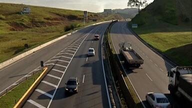 Campanhas alerta motoristas sobre os riscos de queimadas nas estradas do Alto Tietê - No tempo seco aumenta a possibilidade dos incêndios em mato.