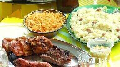 Torcedores contam quais os pratos preferidos para a hora de acompanhar os jogos da Copa - Confira mais notícias em g1.globo.com/ce