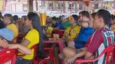 Na orla de Macapá amapaenses lamentam o fim do sonho de o Brasil ser hexa - Torcida amapaense se mostrou apaixonada pela seleção. O sentimento de confiança permaneceu até o último minuto do jogo.