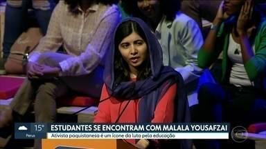 Estudantes da capital se encontram com a ativista paquistanesa Malala Yousafzai - Malala é um ícone mundial da luta pela educação e foi a mais jovem vencedora do Prêmio Nobel da Paz. Ela falou sobre a importância do conhecimento para alunos da rede pública de ensino de São Paulo .