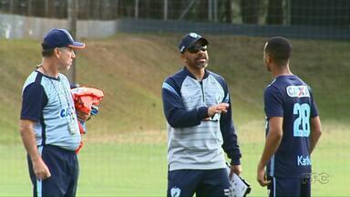 Terceira partida sob comando do novo técnico do Londrina é nesta quinta-feira (12) - Sérgio Soares tem mais um atleta no elenco. Ele é Victor Luiz, de 20 anos.
