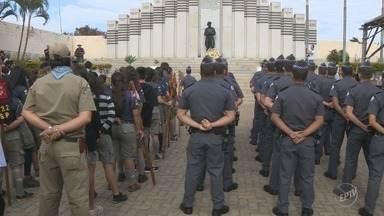 Região foi palco de homenagens aos ex-combatentes da Revolução de 1932 - Atos em Campinas e Piracicaba relembraram um pouco da história de São Paulo. O dia 9 de julho de 1932 marcou o início da Revolução Constitucionalista.