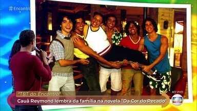 Cauã Reymond relembra família da novela 'Da Cor do Pecado' - A eterna 'Mamuska', Rosi Campos faz uma surpresa para o ator e o visita no palco do 'Encontro'
