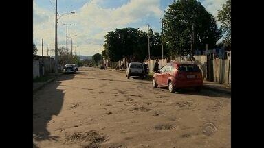 Criança de 1 ano e 5 meses morre vítima de atropelamento em Santa Maria - Uma criança de 1 ano e 5 meses morreu depois de ser atropelada em Santa Maria. O acidente aconteceu ontem à tarde na Rua Vermelha na Vila Lídia.