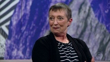 Elfriede Galera, a Frida, levou dois anos para ser diagnosticada com câncer de mama - Em 2008, ela desconfiou que tinha algo errado. Foi procurar ajuda e teve uma grande decepção. Não conseguia convencer os médicos que tinha câncer