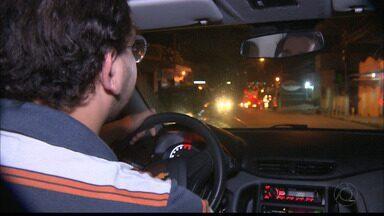 Projeto propõe regulamentar circulação de transportes por aplicativos, em Campina Grande - A ideia é cadastrar motoristas para os carros serem fiscalizados.
