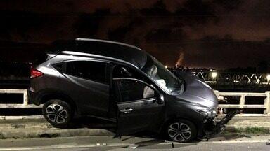 Motorista de acidente que aconteceu na AL-101 presta depoimento - Colisão aconteceu entre veículo de advogado e policial militar na ponte Divaldo Suruagy.