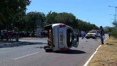 Mulheres ficam feridas em acidente no centro de Palmas - Mulheres ficam feridas em acidente no centro de Palmas