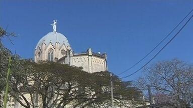 Confira a programação em homenagem ao feriado em Botucatu - Nesta quinta-feira (26) é feriado em Botucatu, em homenagem ao Dia da Padroeira da cidade, Sant'Ana. Por isso, uma extensa programação festiva está acontecendo.