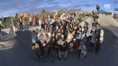 Skate Com Fãs Locais