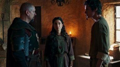 Ulisses avisa aos pais que defenderá Montemor - Romero se despede de Betânia e Ulisses se revolta por ter sido cortado. Romero então entrega uma espada ao filho